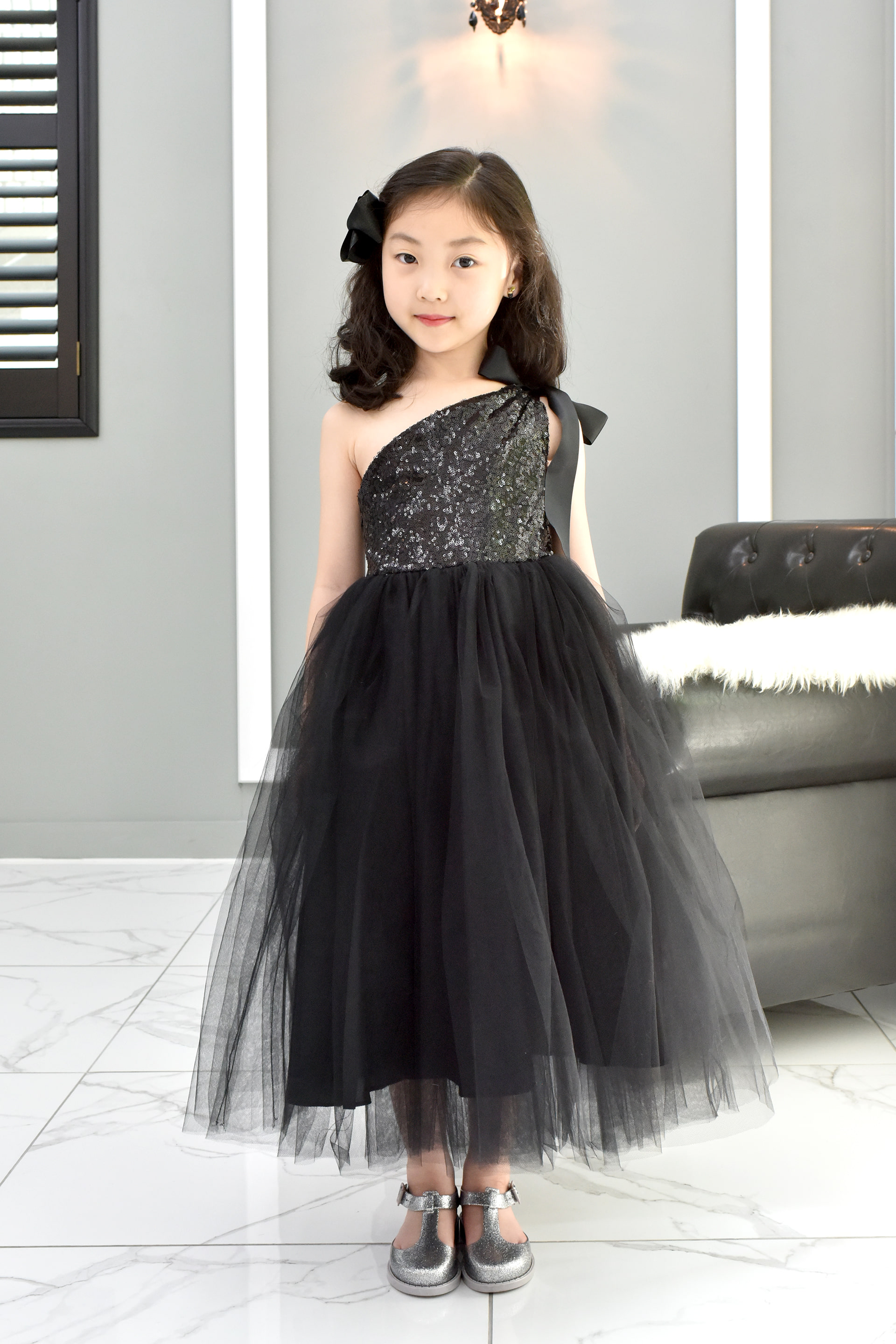 JDL19037/RENTAL/Princess / Sleeveless Dress/ Black
